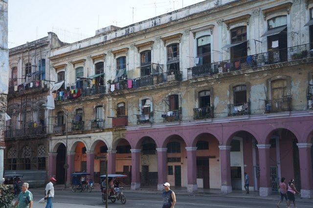 Architecture in Havana.JPG