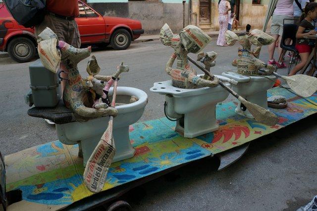 Quirky art in Havana.JPG