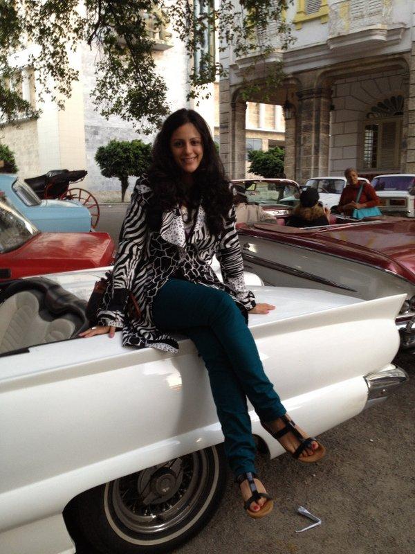 Shabnam Samoohi Insight Cuba classic car.JPG