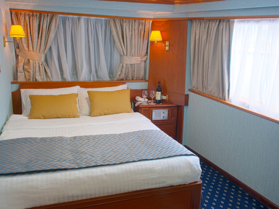Cabin category A twin beds M/Y Callisto Main Deck Iceland Cruise ship yacht