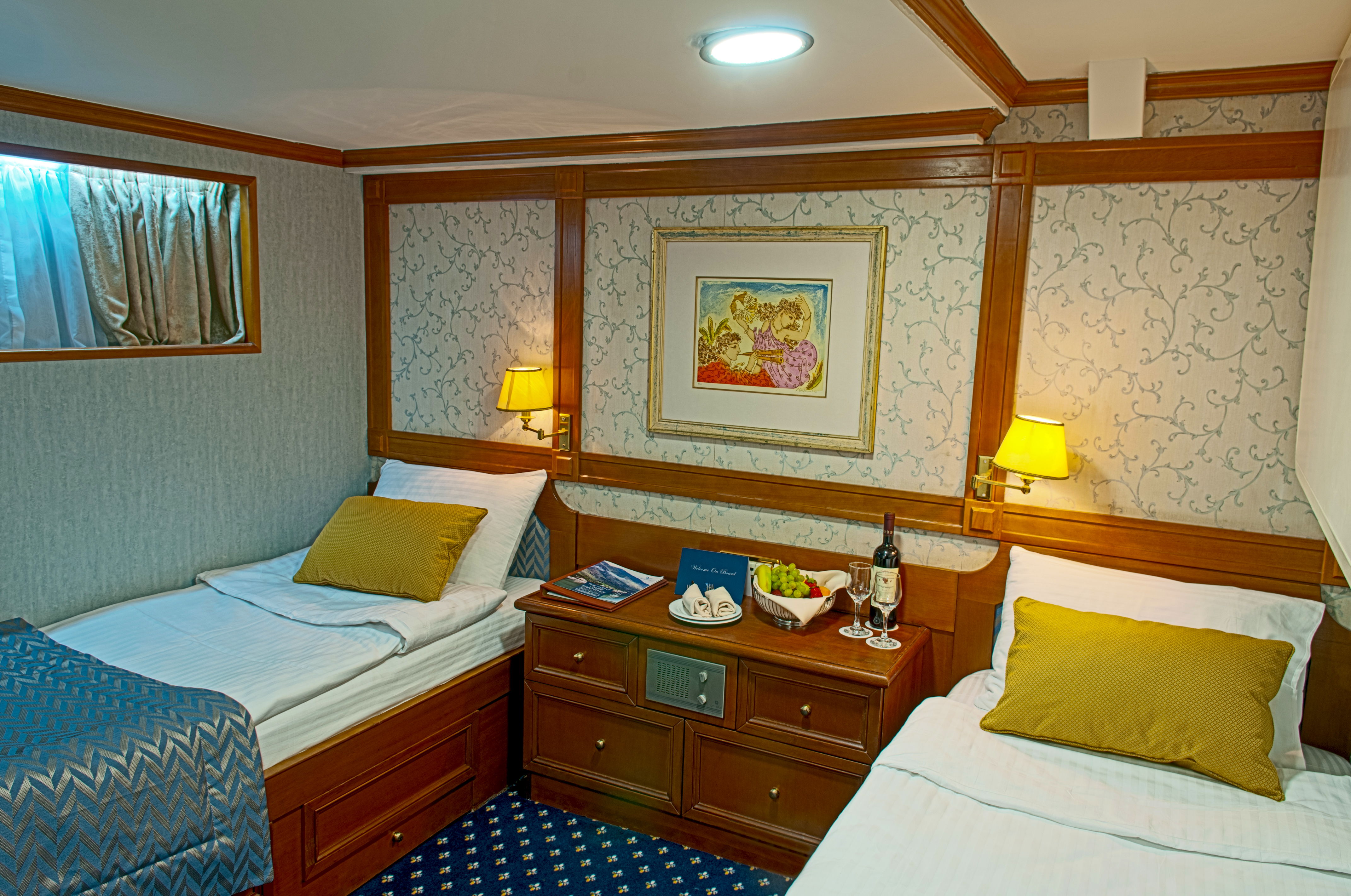 Cabin category B twin beds M/Y Callisto cruise Cuba coastal yacht