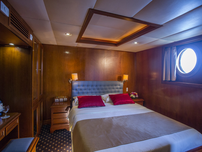 Cabin category A M/S Galileo double bed room sail Greece