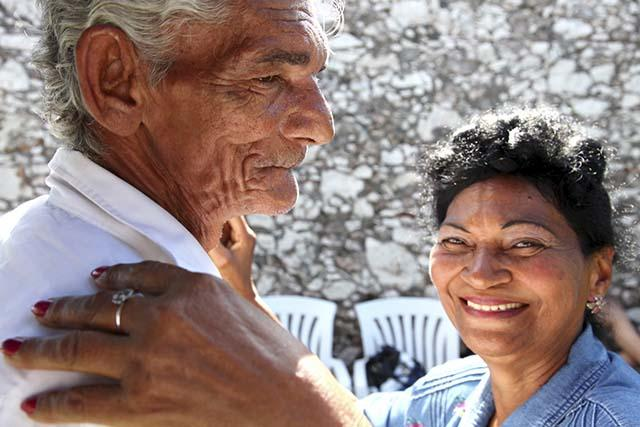 Cuban couple dancing  Photo credit: Robin Thom