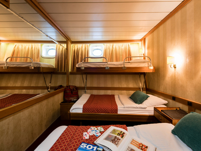 Cabin category B triple room twin beds M/S Panorama sail Cuba Caribbean ship boat
