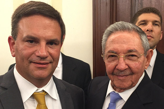 insightCuba President, Tom Popper with Cuban President, Raul Castro