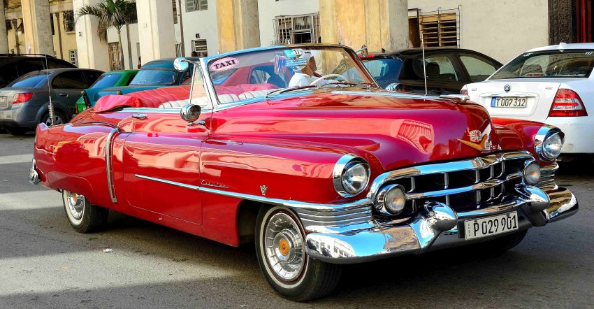 1951_Red_Cadillac_Series_62_Convertable_Havana_Cuba_850x442