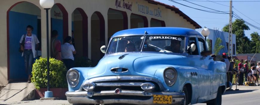 Cuba-Cars-Blue.jpg