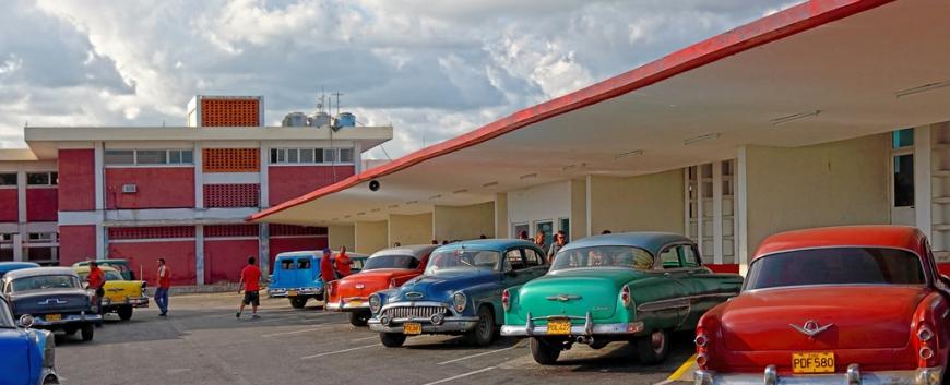 Cuban-Cars.jpg