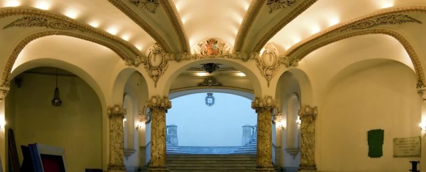 Gran Teatro de La Habana, Havana Vieja, Cuba-2.jpg