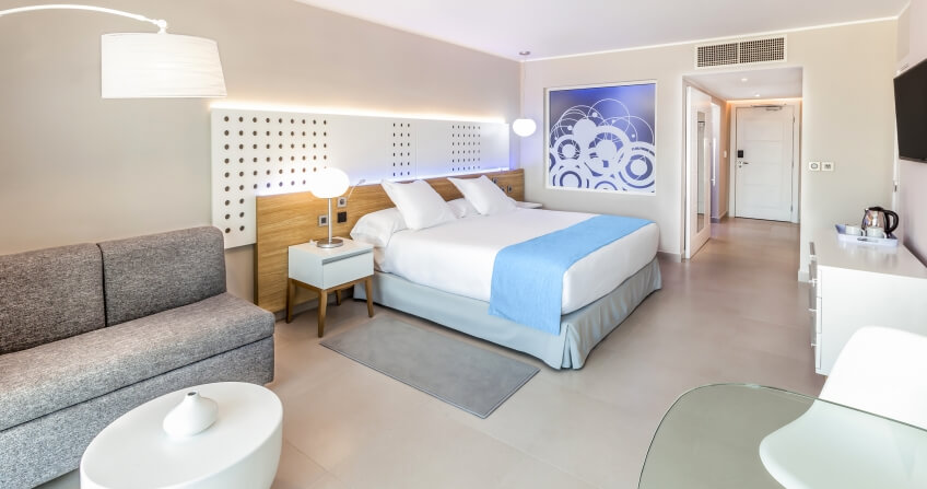 Melia International Hotel Classic Room