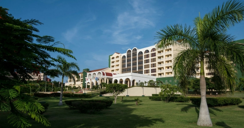 Starwood Four Points by Sheraton Havana Luxury Hotel Cuba Exterior