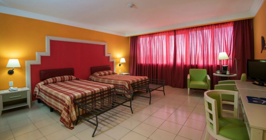 Starwood Four Points by Sheraton Havana Hotel Twin Beds Vacation Accommodation