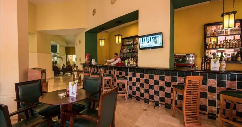 Bar Hotel Lobby Daiquiri Starwood Four Points by Sheraton Havana Hotel Cuba