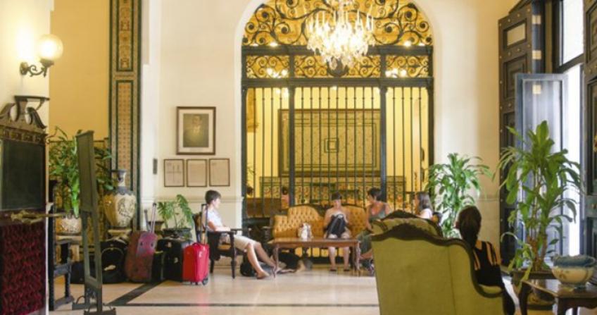 Hotel Ingleterra lobby reception