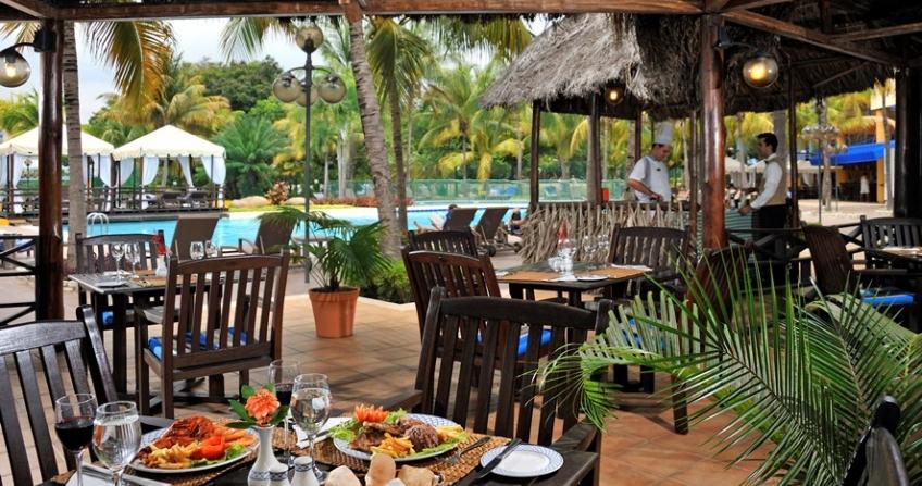 Melia Hotel poolside grill restaurant Santiago de Cuba