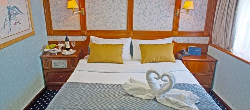Callisto Category P Double Cabin Interior Bed
