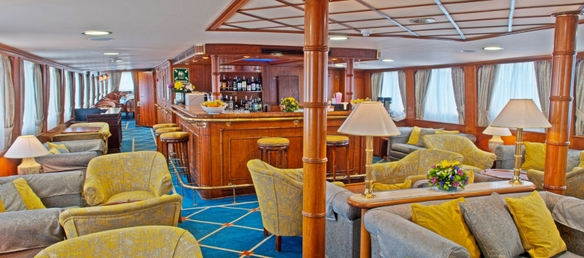 Callisto Bar Lounge Indoor Dining Yacht Cuba