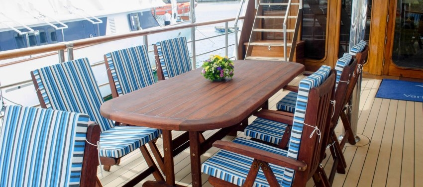 Outdoor Dining Patio Deck Furniture Callisto Mega Yacht