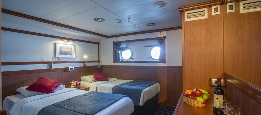 Galileo category b double cabin sail greece vacation