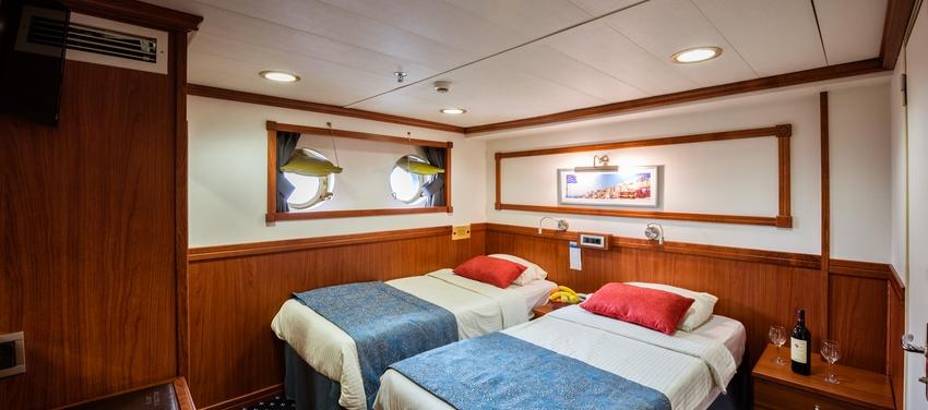Galileo category b cabin twin beds room sail