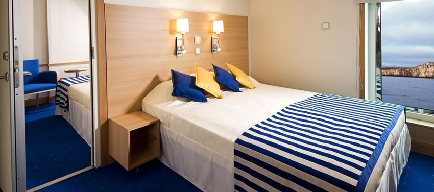 Double cabin deck La Pinta Galapagos luxury yacht