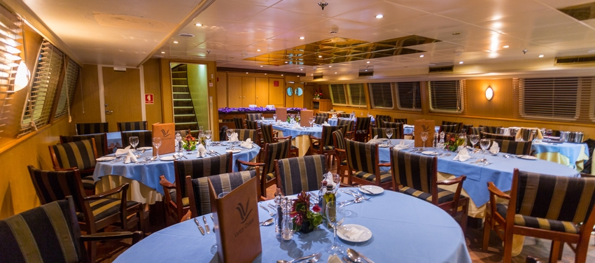 Dining area on the M/Y Pegasus food luxury cruise