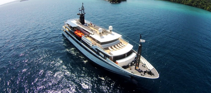 Voyager Exterior Mega Yacht Cuba Aerial