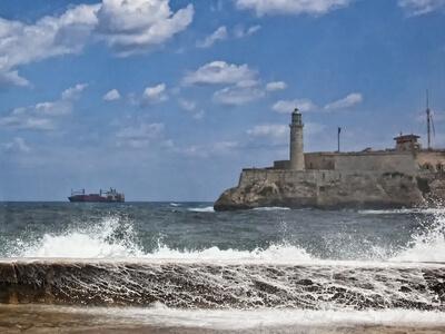 Malecon el morro lighthouse seaside boulevard ship ocean caribbean travel