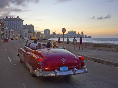 vintage car cuba malecon havana ocean