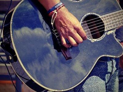 Andean guitar player