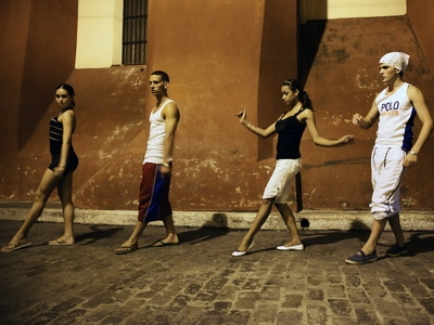 dancers take to the streets of Camaguey, Cuba