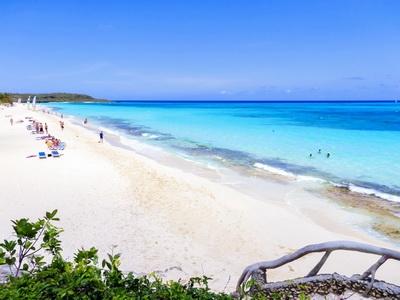 The sandy beaches of Playa Large, Havana, Cuba