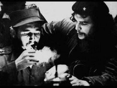 Fidel Castro and Che Guevara Photo by Roberto Salas