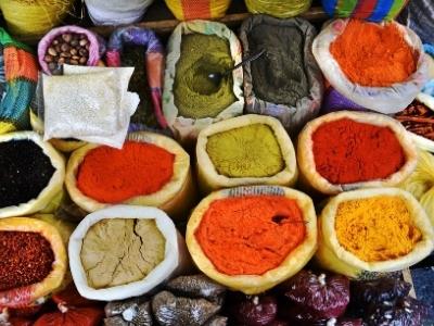 Otavalo Peru spice market.400x300