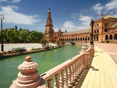 Plazza de Espana in Seville, Spain beautiful travel history