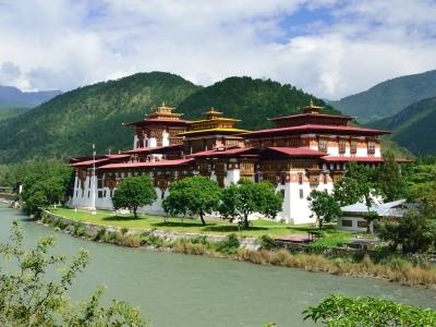 Punakha Dzong Monestary, Bhutan_300x400