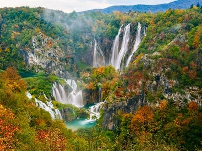 Plitvice Lake National Park waterfall nature hiking autumn croatia trees beautiful travel exotic