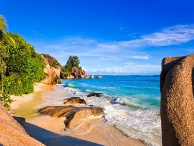 Source d'argent beach island nature reserve Seychelles