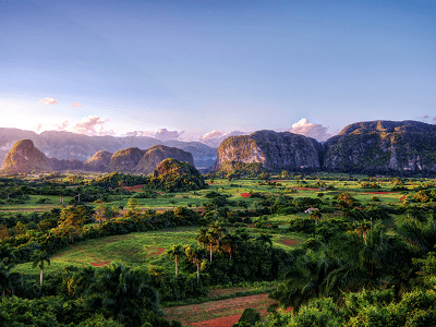 VIÑALES NATIONAL PARK VALLEYS AND MOUNTAINS