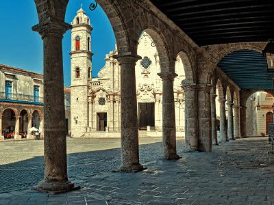 cathedral plaza in old havana