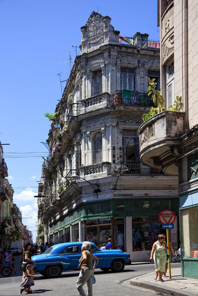 Havana-Centro-Cuba.jpg