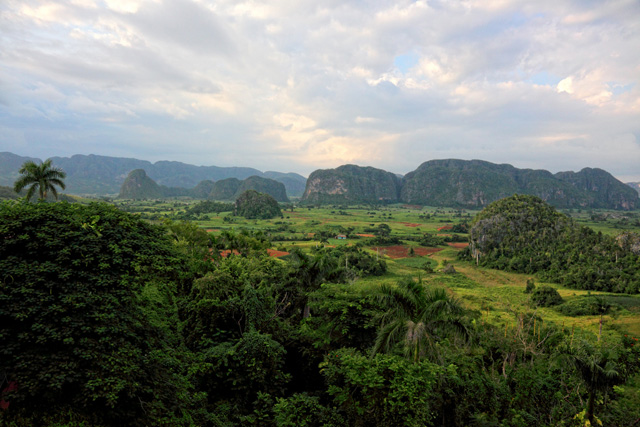 vinales-valley1.jpg