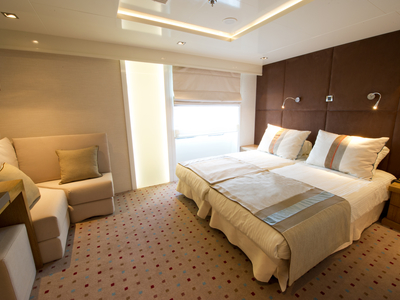 Category P cabin M/Y Voyager cruise cuba yacht sail luxury room