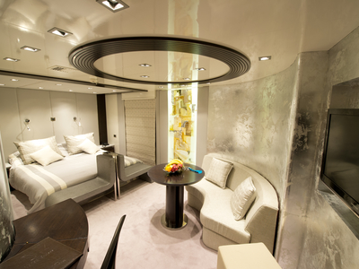 Owner's Suite cabin on M/Y Voyager cruise cuba luxury yacht