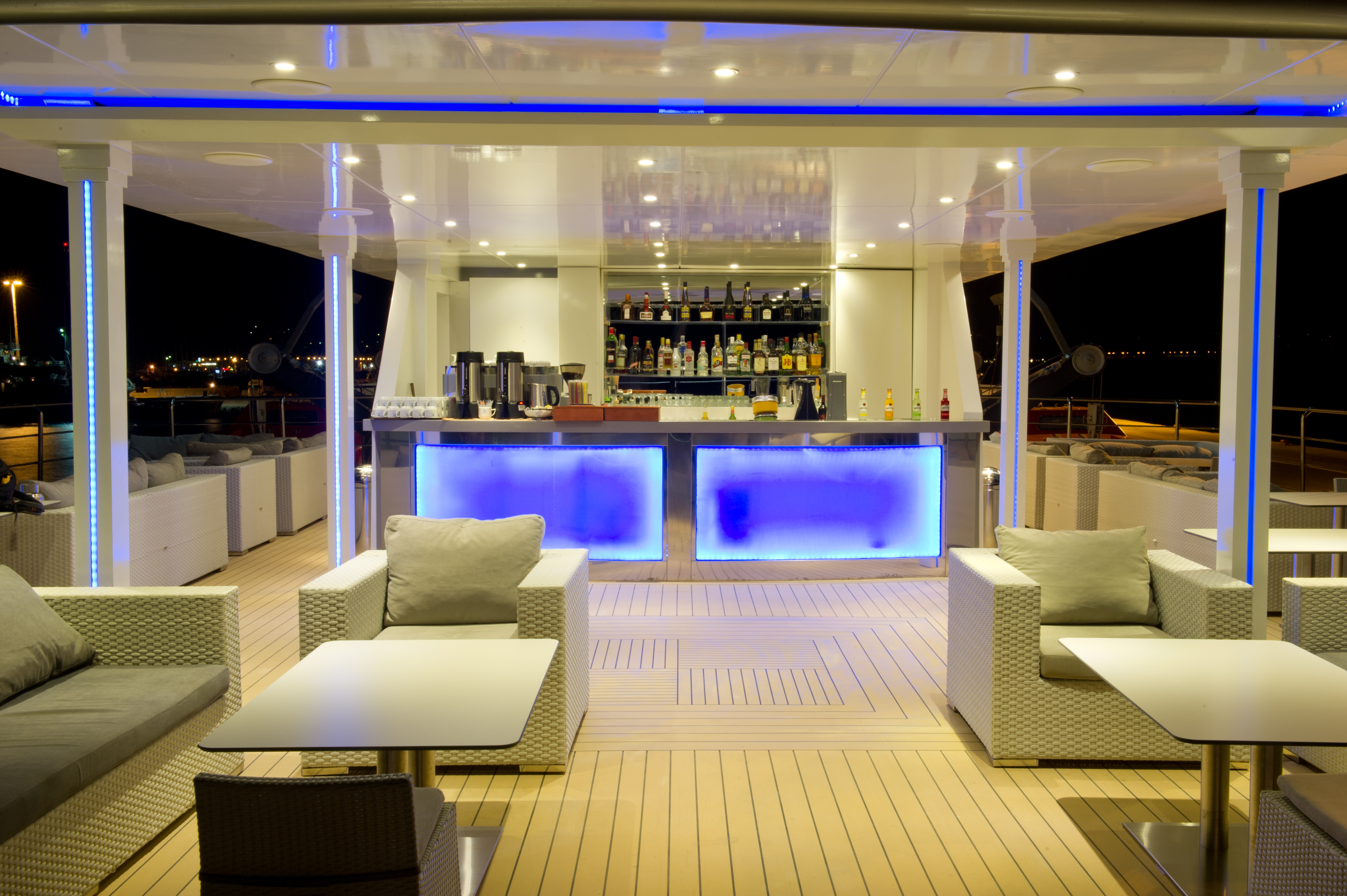Outdoor reception and bar area on the Oceans Deck